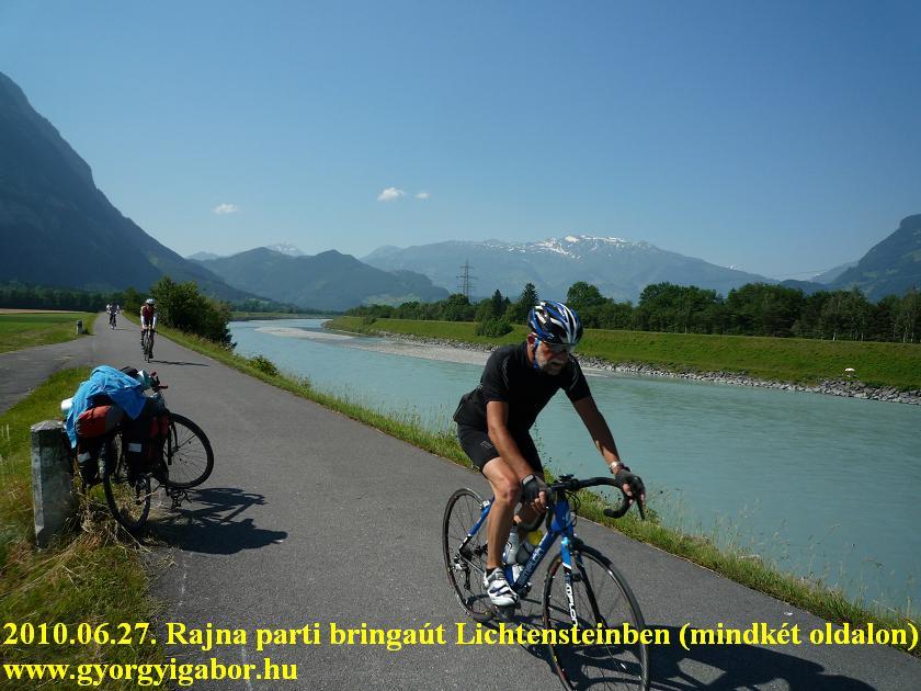 Rhein , Liechtenstein - bicycle / bringatúra